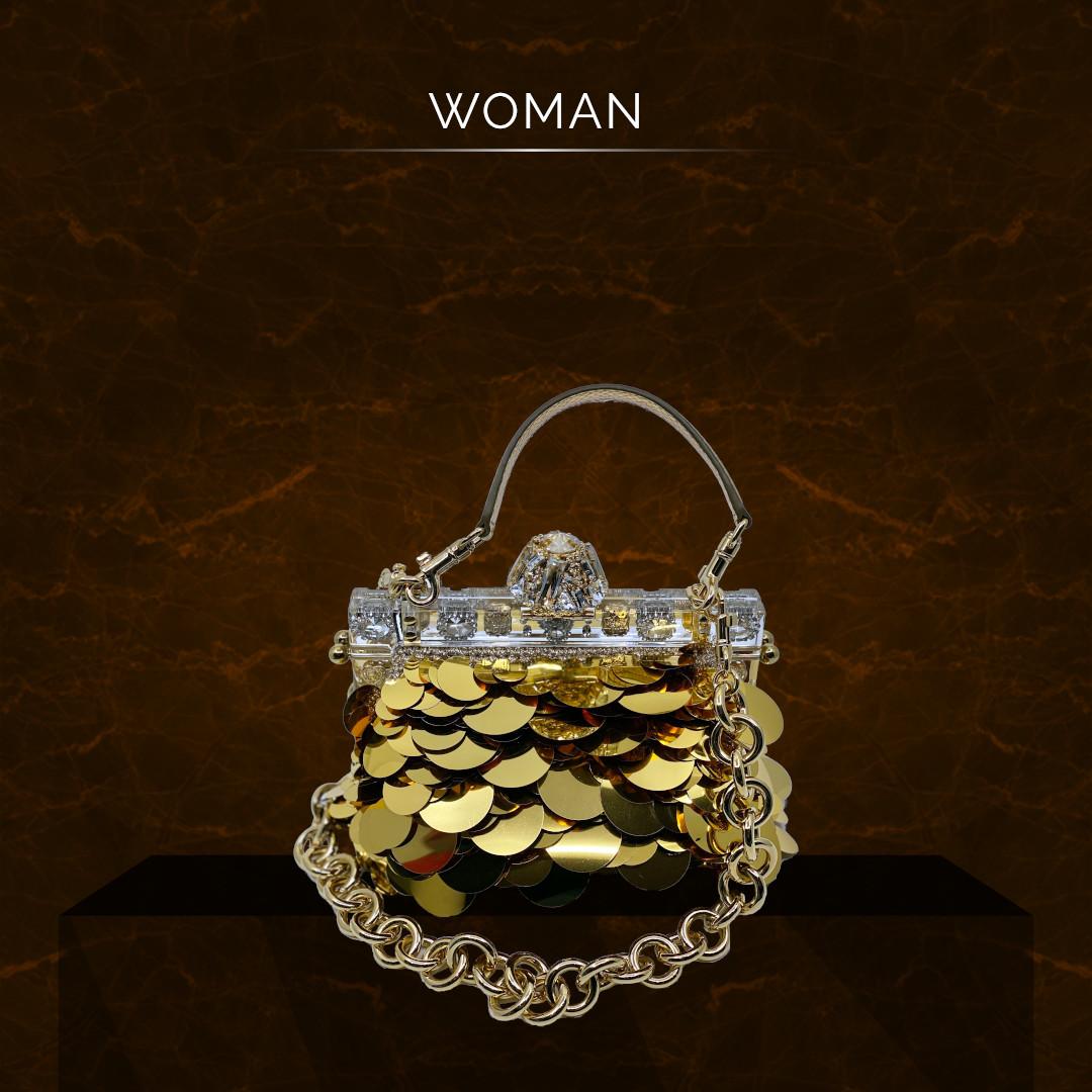 Produktpräsentation goldene Tasche